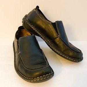 Born slip on loafers black leather